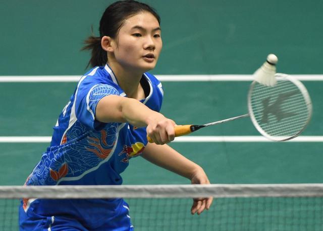 羽毛球俱乐部联赛小将王祉怡5场3胜,表现抢眼
